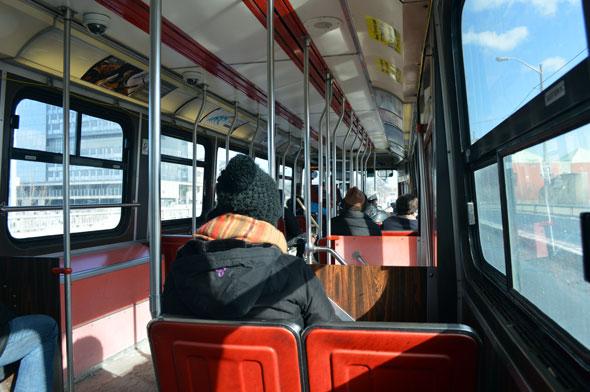 toronto streetcar 4000