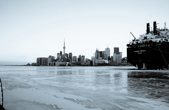 winter skyline toronto