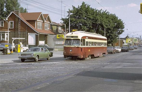 20100225-Carlton-line-1970s.jpg