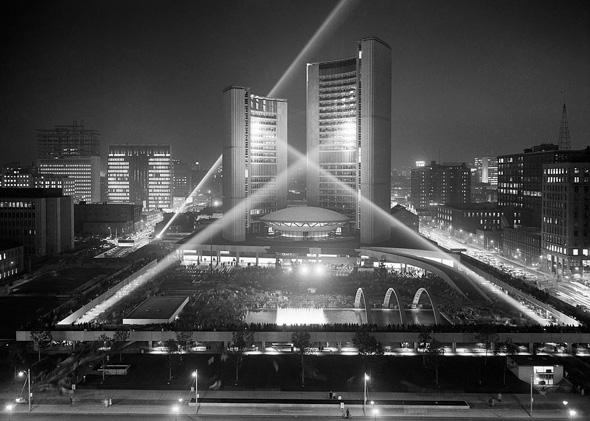 20111026-city-hall-night-1965.jpg