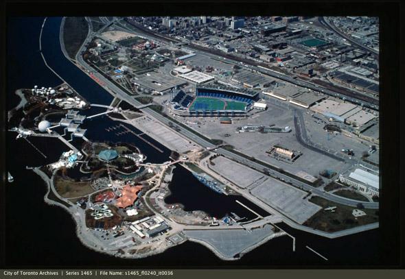 2011915-Ex-grounds-aerial-1980s-s1465_fl0240_it0036.jpg