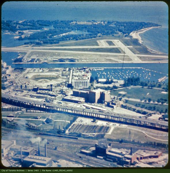 2011915-aerial-1960s-maple-leaf-stadium-s1465_fl0240_it0092.jpg