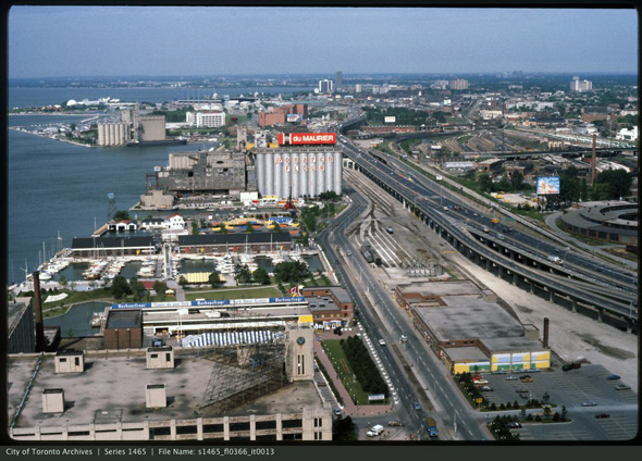 2012316-lead-queens-quay-1980s-west-s1465_fl0366_it0013.jpg