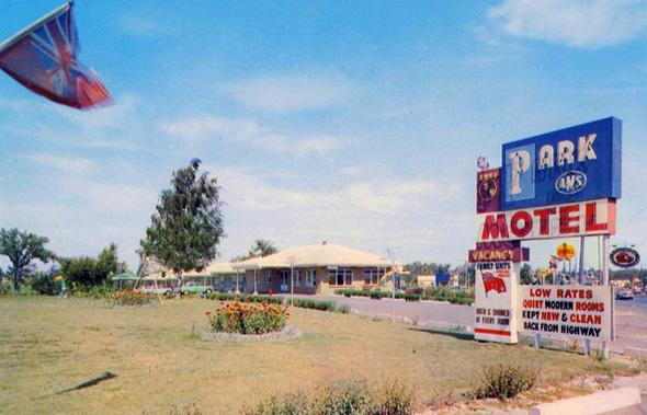 20131129-park-motel.jpg