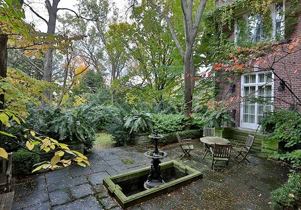 5 Hawthorn Gardens