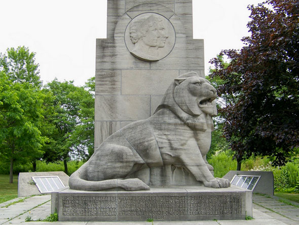 toronto qew monument