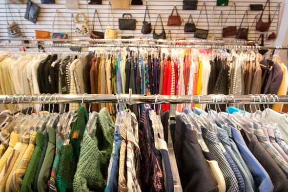 Clothing stores online Consignment stores that buy clothes