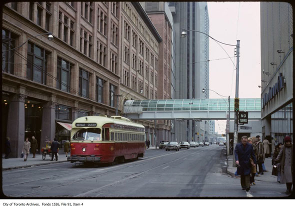 what the eaton centre looked like when it was new