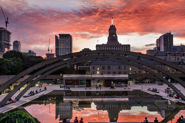 sunset nathan phillips square