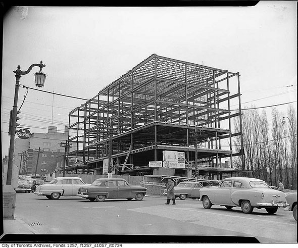 office building under construction at the southeast corner of eglinton