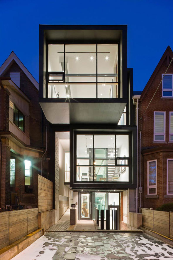 The top 10 contemporary homes in toronto for Modern house 8 part 10