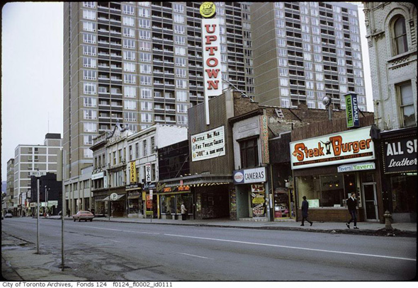 Indian Restaurants Near Yonge And College