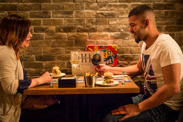7 Cute Date Spots In Toronto For You And Your SO - Society19