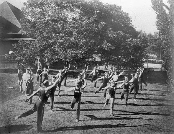 A 1900s Toronto Photo Extravaganza