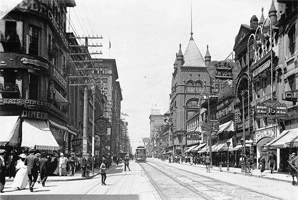 a 1900s toronto photo extravaganza