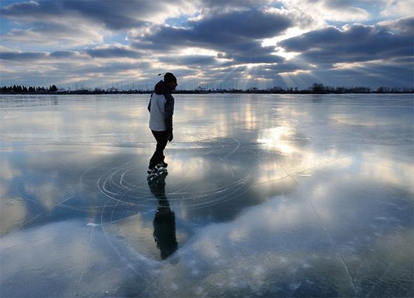 lake ontario skating