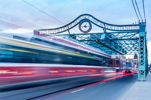 Queen Bridge