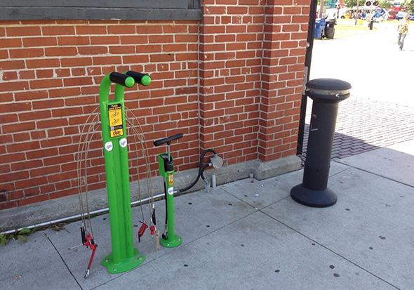 steamwhistle bike repair stand