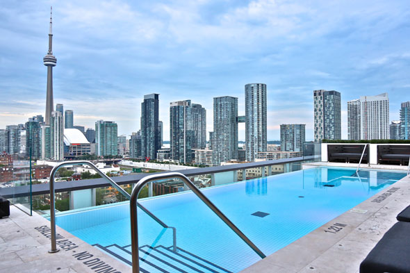 The Top 15 Hotel Swimming Pools In Toronto