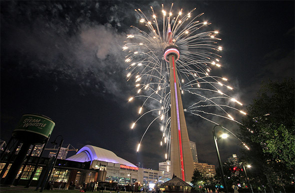 the cn tower essay Effects of technology on modern day architecture this essay will take to analyse how modern engineerings the highest skyscraper is the cn tower but the.