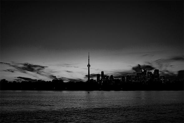 dark toronto skyline