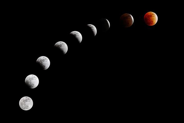 http://www.blogto.com/upload/2015/09/20101217-lunar_eclipse.jpg
