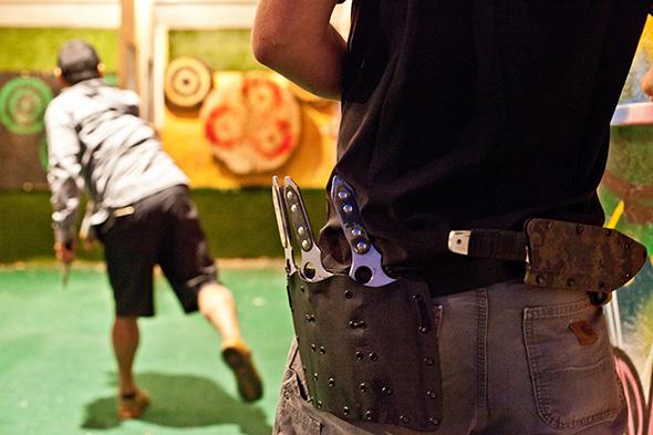 knife throwing toronto