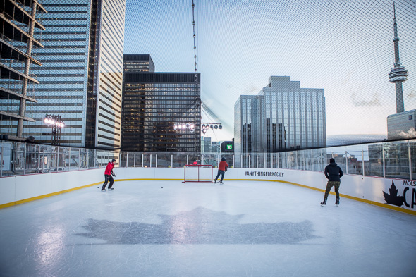 This Is What The Rooftop Skating Rink In Toronto Is Like