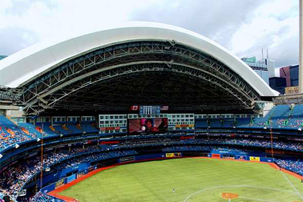 rogers centre roof open