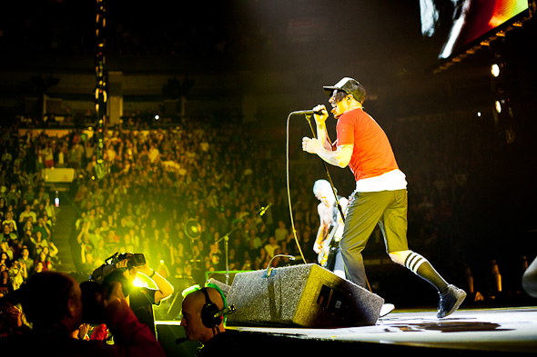 red hot chili peppers toronto
