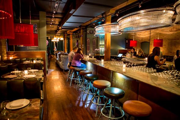 Quiet Romantic Restaurant Toronto