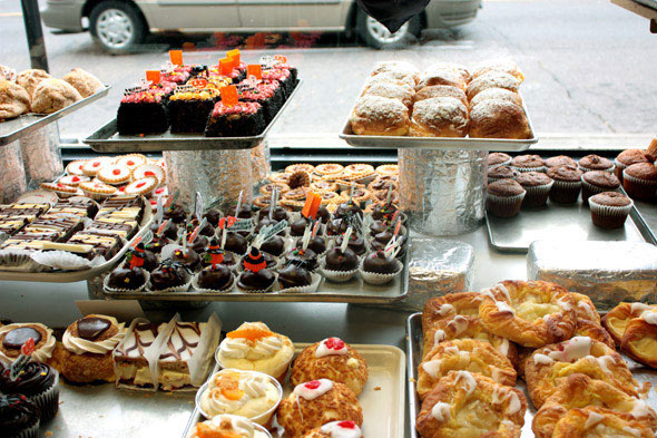 Best Cake Stores In London