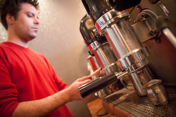 i deal coffee yonge toronto