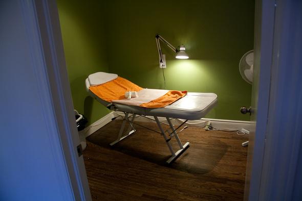 20100201_10Spot-treatmentroom.jpg