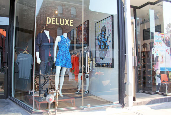 deluxe boutique toronto