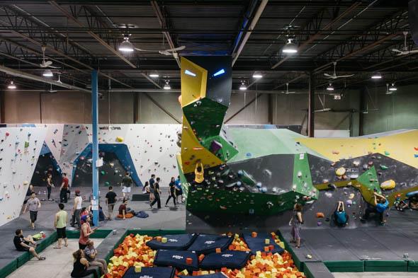 hub climbing