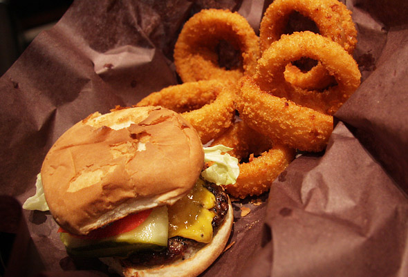 Baby Burger with Onion Rings