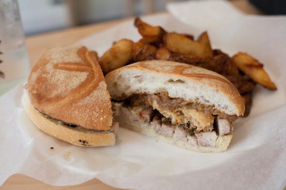 Clubhouse Sandwich Shop Toronto