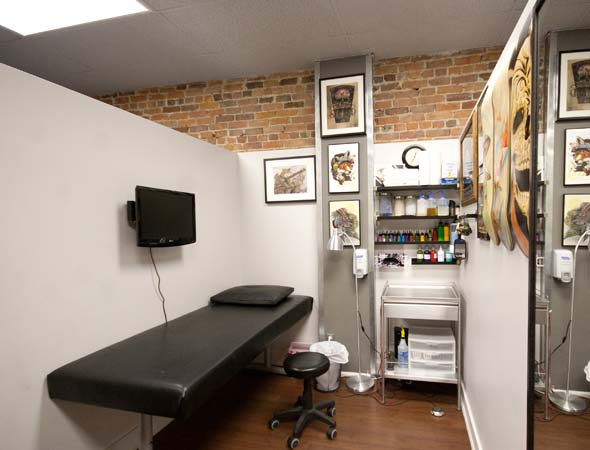 Archive tattoo studio blogto toronto for Tattoo shop design