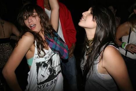 20070328_girlsdancesuperfanastic.JPG