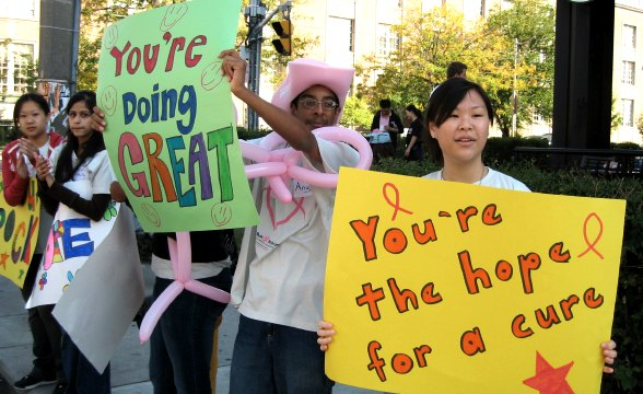 20071001_runforcure-signs.jpg