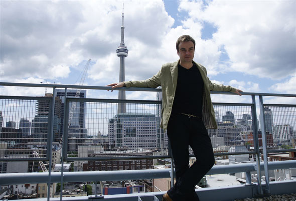 Rob Dickinson, formerly of Catherine Wheel, in Toronto prior to his Mod Club show in June 2008.