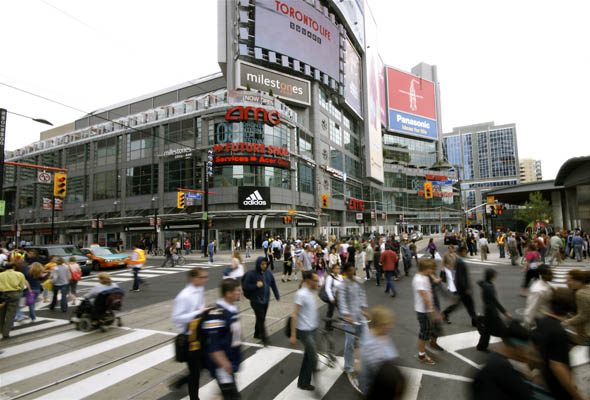 Scramble pedestrian crossing at Yonge and Dundas in Toronto