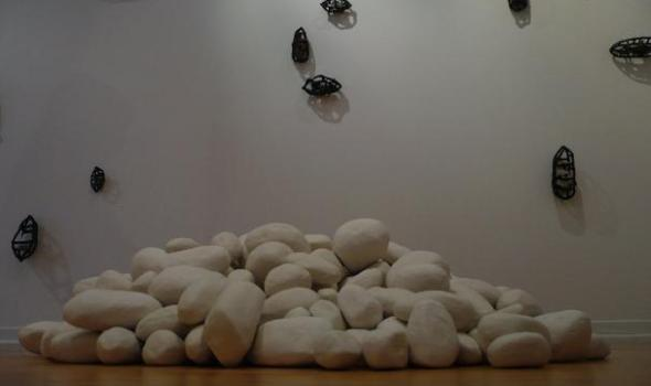 Wu Wing Yee's Stonethoughts: Positive-Negative Space