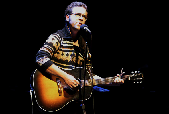 Justin Rutledge performs during Art of Time Ensemble's Words & Music concert