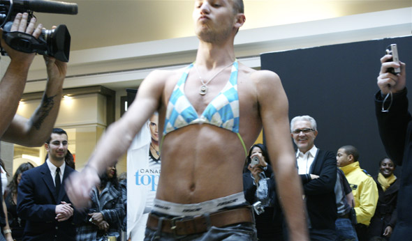 Canada's Next Top Model auditions in Toronto's Fairview Mall brought out celebrity blogger Zack Taylor