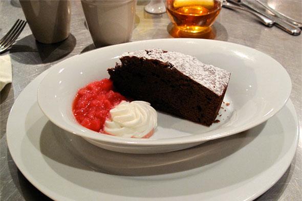 six degrees chocolate cake
