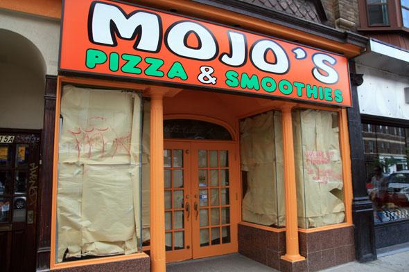 Mojo's Pizza