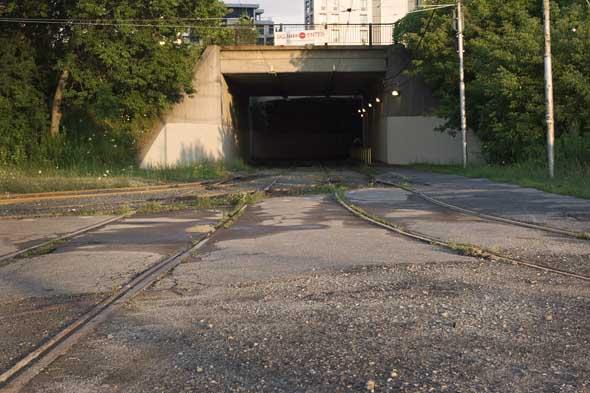 Streetcar tracks toronto