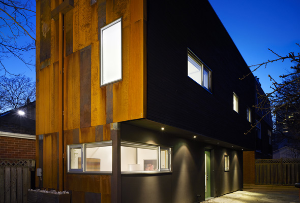 40R Laneway House